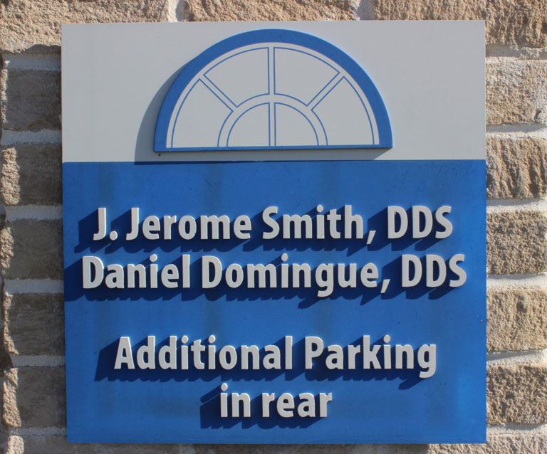 Jerome Smith, Daniel Domingue | Services